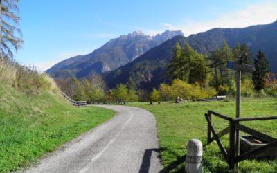 Dolomites bicycle path